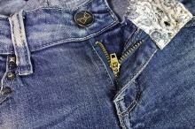 Как восстановить цвет джинсов