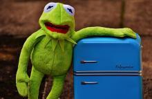 Как убрать царапины с холодильника