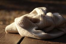 Женский жилет из шерсти